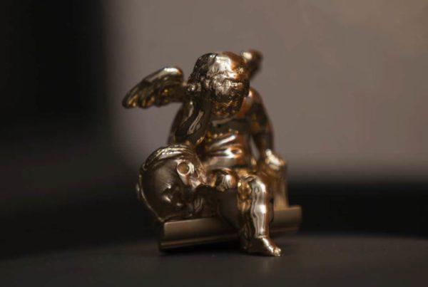 Ange Pleureur - Or 18 carats